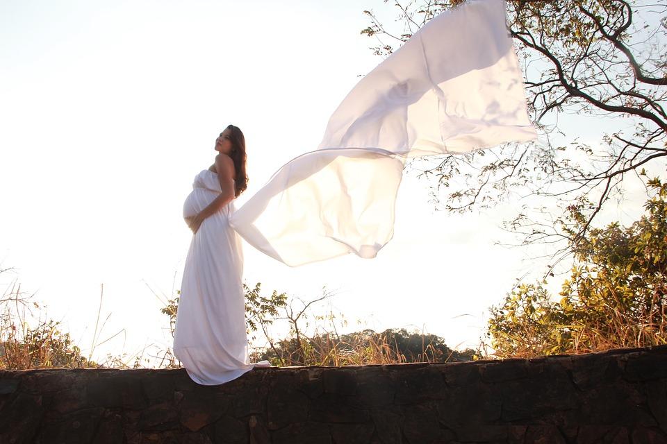 36e17c32b90994 La mode et la grossesse : toujours s'habiller avec style - Rose a ...